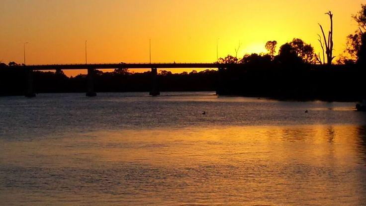 Sunrise in Mildura, Victoria. The Mighty Murray River.  www.destinationsmag.com.au