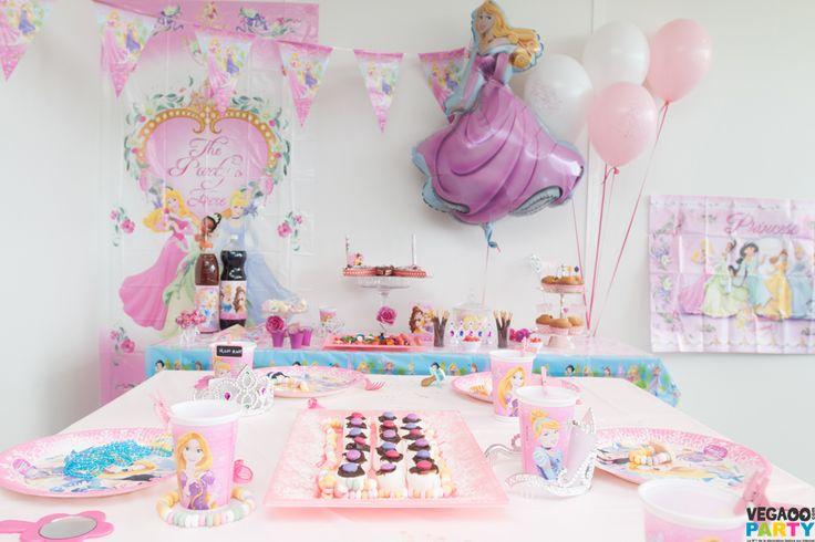 1000 images about anniversaire princesses disney on pinterest. Black Bedroom Furniture Sets. Home Design Ideas