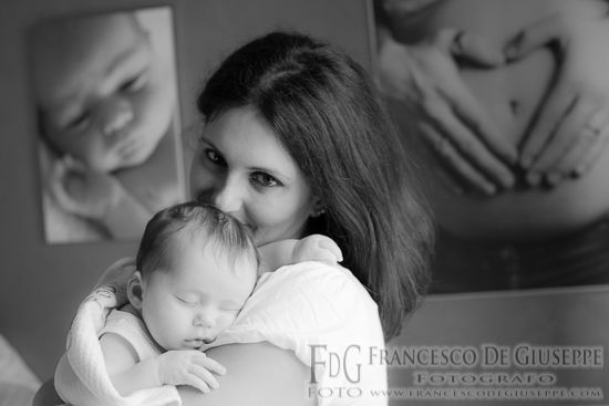 Neonati e bambini / Newborns and babies www.francescodegi... Maternity Photography   Newborn Photography   Children Photography   Family Portrait Photography   Fotografia di maternità neonati bambini e famiglia