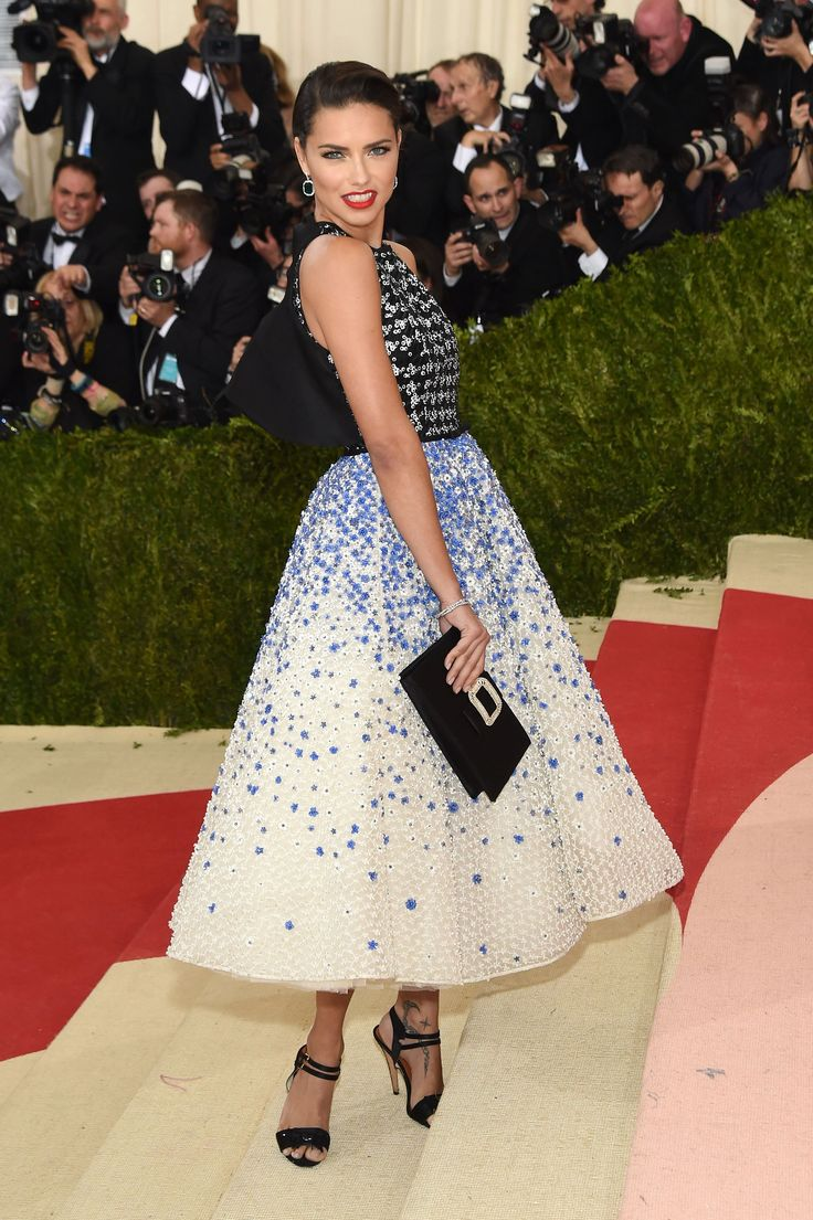 Adriana Lima in an Giambattista Valli Haute Couture dress, Chopard jewelry, and a Roger Vivier bag at 2016 Met Gala