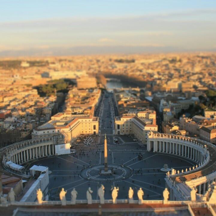 Vatican : Italy