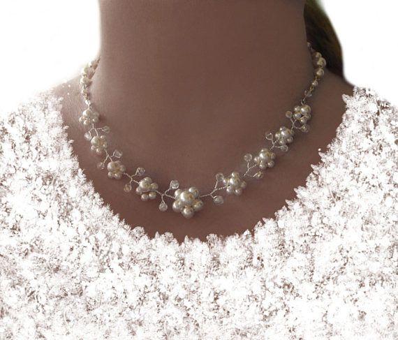 Brautschmuck haare blumen perlen  Die besten 25+ Hochzeits perlenketten Ideen auf Pinterest ...