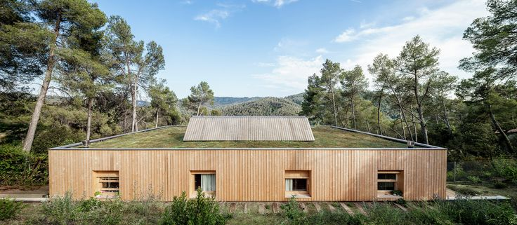 House LLP  / Alventosa Morell Arquitectes