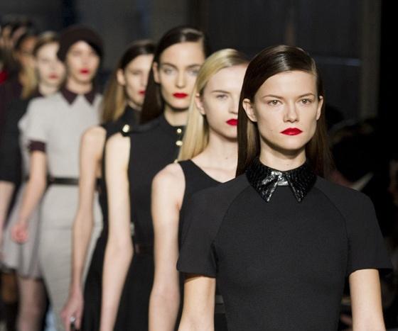 27 best London Fashion Week 2011 images on Pinterest ...