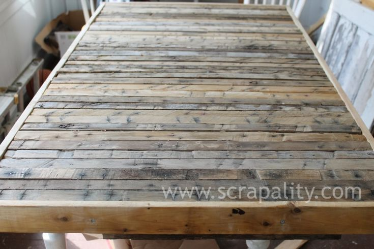 pallet countertop - would love this for the sun room!