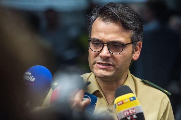 """Neue Nachricht: Polizeisprecher über Internet-Nutzer: """"Für soziale Medien noch nicht bereit"""" - http://ift.tt/2eZWovs #nachrichten"""