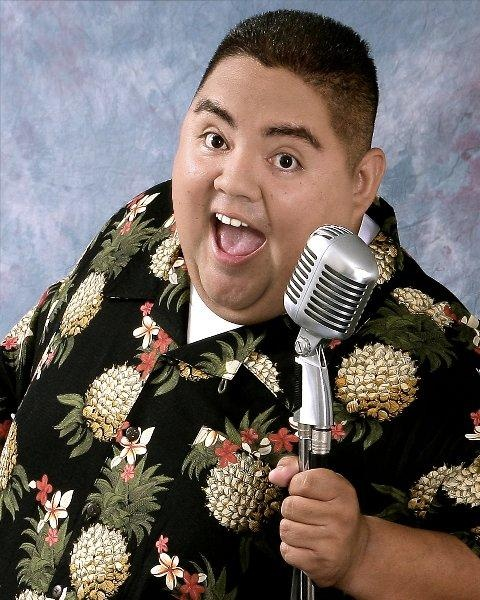 Gabriel Iglesias is funny this is him he is so funny