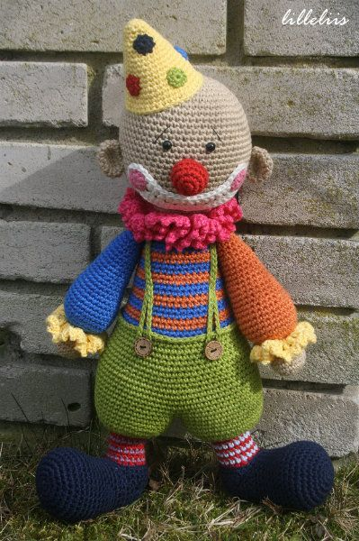 """The story of this clown begins with my typical words """"I had planned this toy for a long time, but never found time for it…"""". But it`s so true! However, there is one other thing..."""