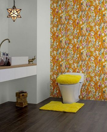 トイレをもっと快適に。思わず長居したくなる!?素敵なインテリアをご ... 全面を柄にするのは、ちょっと勇気が…という方も、