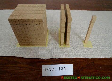 División larga con bloques Base 10. El resultado es 12 #Base10 #División