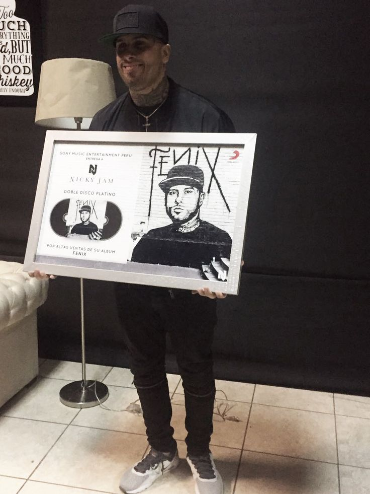 sonymusicperu : Doble Disco Platino ���� para @NickyJamPR #Fenix ����https://t.co/tzTg47MufX https://t.co/DmVQrZOQzu | Twicsy - Twitter Picture Discovery