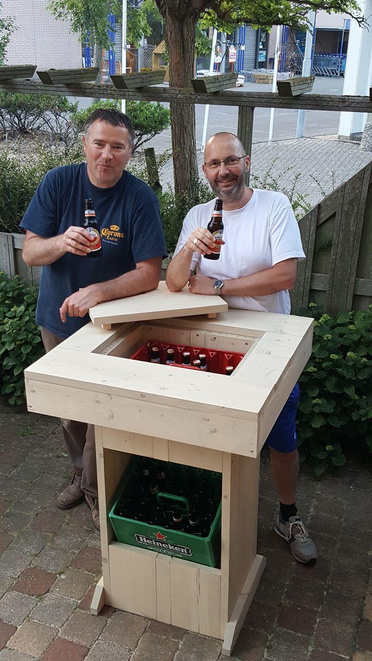 Bier statafel maken? Wij hebben de bier statafel bouwtekening hier voor jou zodat je je eigen statafel kunt maken!