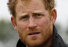 18-Sep-2015 10:19 - 'PRINS HARRY WEER GESPOT MET EX-VRIENDIN CRESSIDA'. De Britse prins Harry is weer gezien met zijn ex-vriendin Cressida Bonas. DailyMail meldt dat de 26-jarige blondine deze week op het 31e verjaardagsfeestje van de prins was.