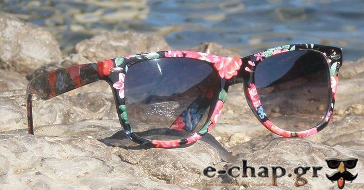 """Γυναικεία Γυαλιά Ηλίου Wayfarers """"SPRING""""   €12.90"""