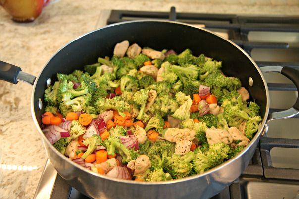 Clean Quinoa Chicken Veggie Bake Recipe & New Blog Post! | Stronglikemycoffee.com