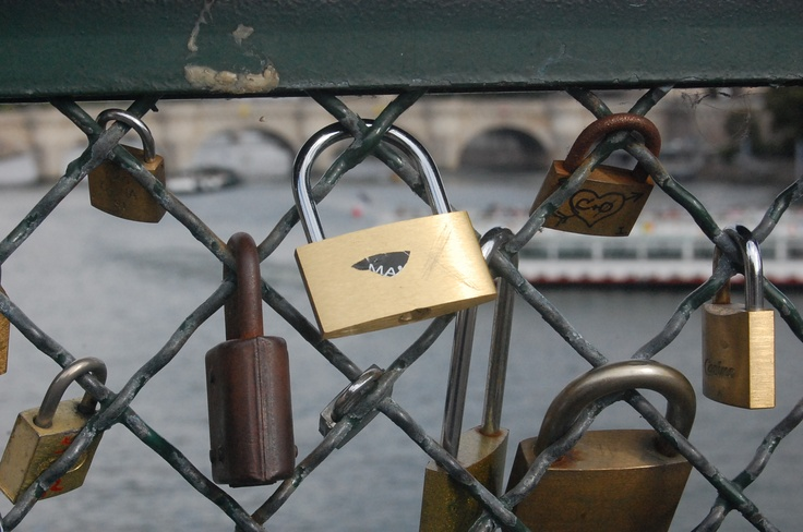 Our lock ~ M & A  www.cafedemichelle.blogspot.fi
