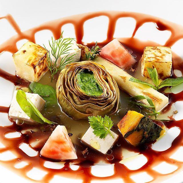 "JRE FOOD TOUR Chef JRE Pietro Leemann Ristorante Joia Milano @pietroleemann @michelinstarfood #Milano #Michelin #Chef #VegetarianRestaurant #StarredRestaurant #JoiaMilano #fullofJoia #veggie #cucinavegetale #foofforlove #JoiaAltaCucinaNaturale #organicfood #instafood #picoftheday #igersitalia #AltaCucina #RistoranteStellato #VeganFood #Vegan #HealtyFood #HealtyLiving #VegetarianFood #amazing #beautiful #jrefoodtour #jrestartoftour ""Aspettando Obama"" Photo Giovanni Panarotto"