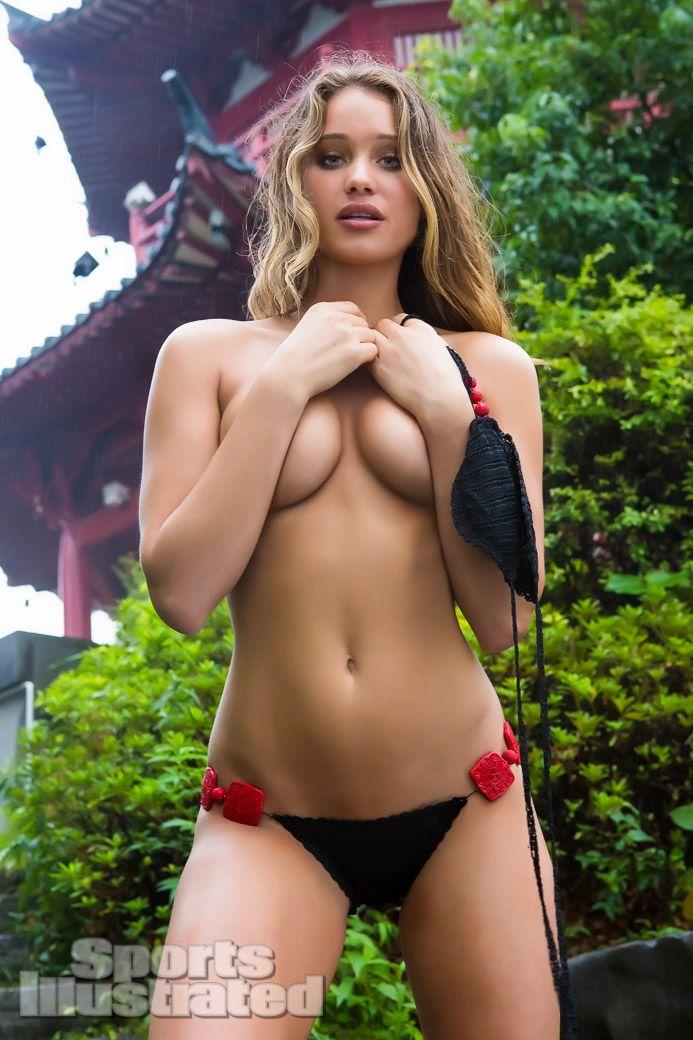 4 publicits bien chaudes!! Filles nues, Bikini & Topless