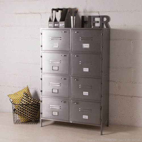 les 25 meilleures id es de la cat gorie armoire m tallique sur pinterest vestiaire metallique. Black Bedroom Furniture Sets. Home Design Ideas