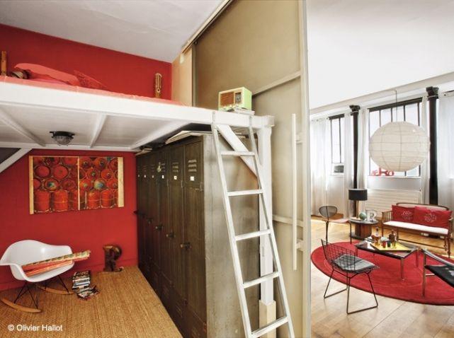 Studio rouge cloison coulissante