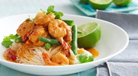 Dinner Idea: Spice up your Wednesday with Thai Red Prawn Curry with fresh in season lime!