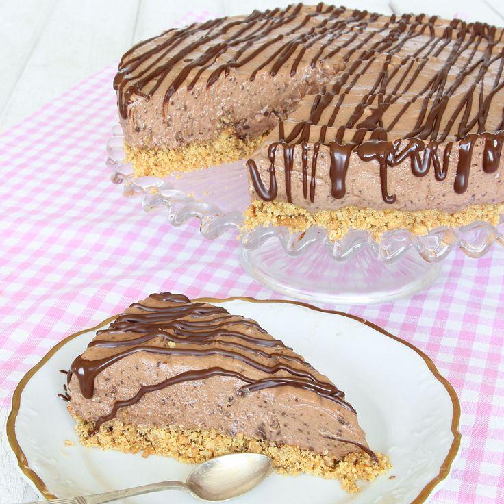 Krämig chokladmoussetårta