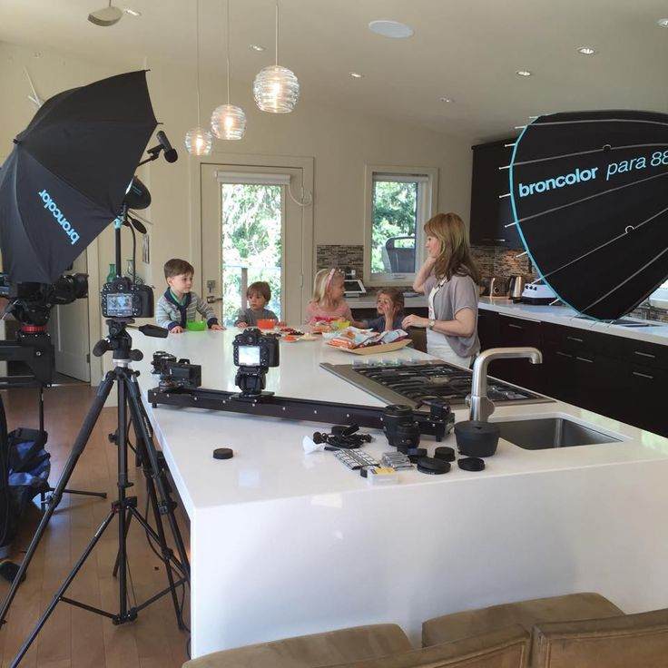 A behind-the-scenes shot from the filming of our Pat-A-Cakes video segment yesterday. So fun! We had the kids trying Pat-Cakes with all sorts of toppings. Pumpkin/Carrot Pat-A-Cakes with pizza sauce and melted cheese anyone?