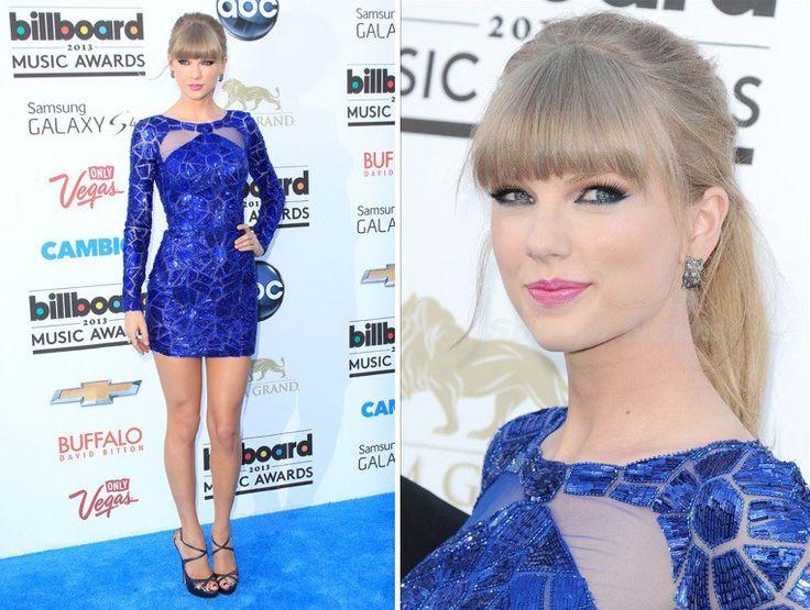Smalto da abbinare a vestito blu spero