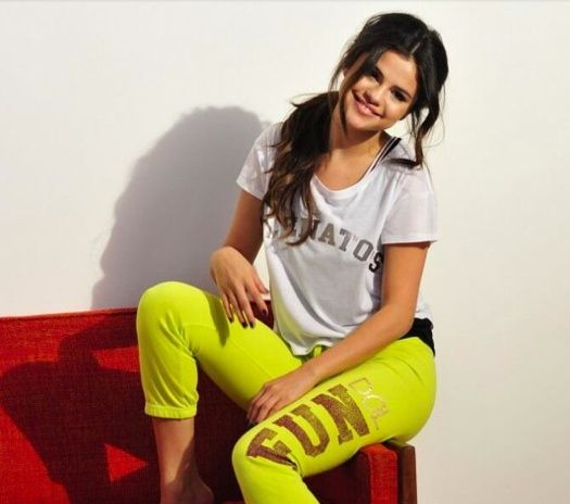 Photo Gallery: Selena Gomez's New Dream Out Loud Style Photos