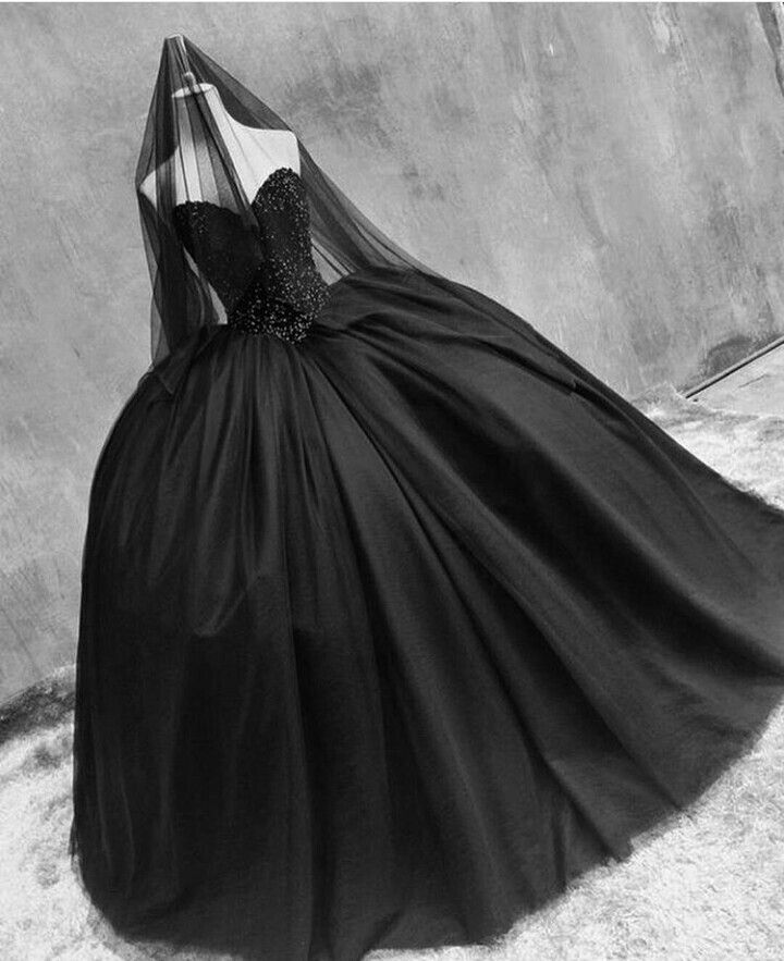 Custom Gothic Ball Gown Purple And Black Plus Size Wedding: 25+ Best Ideas About Gothic Wedding Dresses On Pinterest