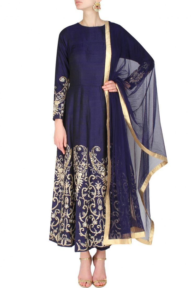 #perniaspopupshop #ankbyamritkaur #embroidered #prints #clothing #shopnow #happyshopping