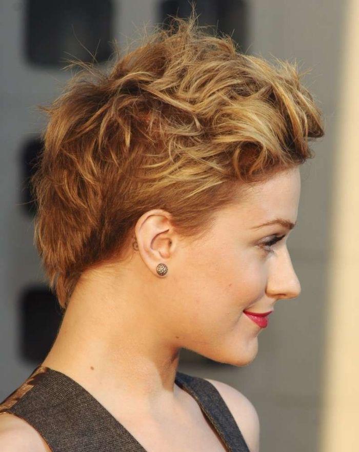 1001 Exemples Parfaits De La Coupe Courte Effilee A Ne Pas Manquer Couleur De Cheveux Naturelle Cheveux Naturels Idees De Coiffures