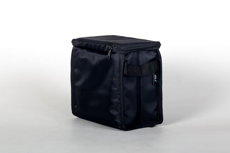 BLS VeloRacing bag. 56l cycling specific race day bag featuring compartments for all you kit and accessories. Available online for US$185 including worldwide courier delivery.