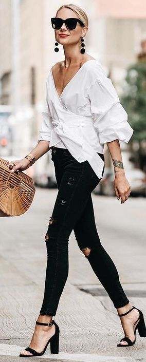 Sometimes Everything Is Just Black & White + Cool + Casual + Street + Style + Urban + Sunglasses + Black + Makeup + Chic + Minimalist + Hair + Moda +White + Women's Fashion + Outfit Ideas + Ripped Jeans