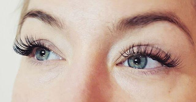 ♡#Fransförlängning 14mm på denna #skönhet som inte behövt ha uppehåll på tre år.♡ #lashes #vackrafransar #lashigt #fransar #eyelashes #finafransar #lashaddict #eyelashextensions #lashextensions #långafransar #lovelylashes #perfectlashes #perfektafransar #ögonfransförlängning #vackraögon #avkoppling #sportochfransar #fauxmink #fancylashes #gorgeouslashes #fransarstockholm #fransarhässelby #singelfransar #volymfransar #fransstylist #lashartist