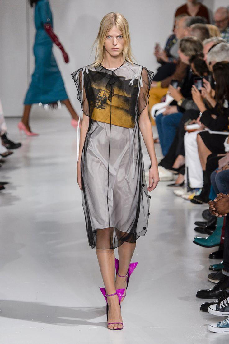 И снова ковбои, чирлидеры и Энди Уорхол: вторая коллекция Рафа Симонса для Calvin Klein   Журнал Harper's Bazaar