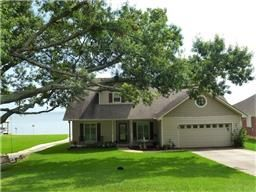 Waterfront home in Coldspring Terrace. Beautiful open water views of Lake Livingston. 116 Lakeway Dr, Coldspring TX  77331