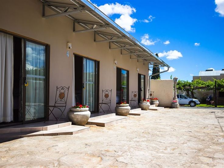 Hazeldene Rooms - Hazeldene was one of the first houses built in Colesberg, with a very rich history of the Anglo Boer War.  Colesberg is a typical Karoo town with almost no traffic.The six comfortable and spacious en-suite ... #weekendgetaways #colesberg #southafrica