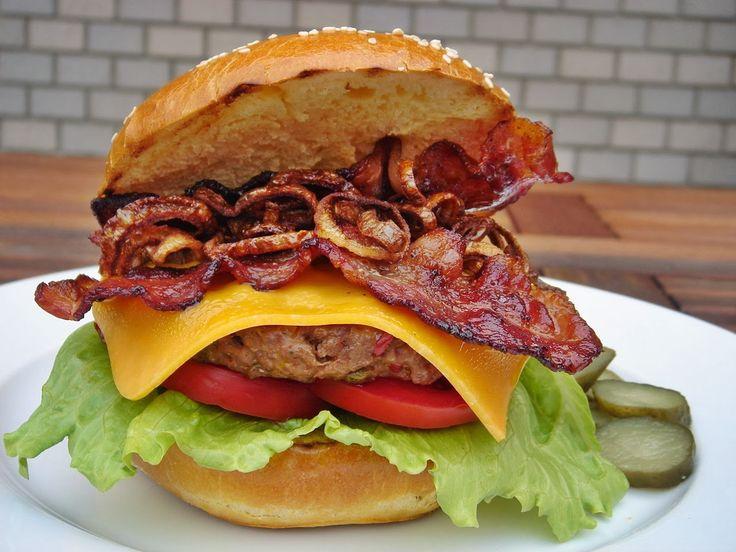 http://nemvagyokmesterszakacs.blogspot.hu/2014/02/10-legjobb-hamburger-es-amerikai.html