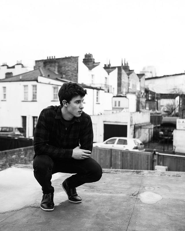 @josiahvandien Shawn Mendes, London England