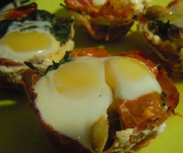 http://www.momentoseditados.com/2013/07/cestinhos-de-presunto-legumes-e-ovo-de.html