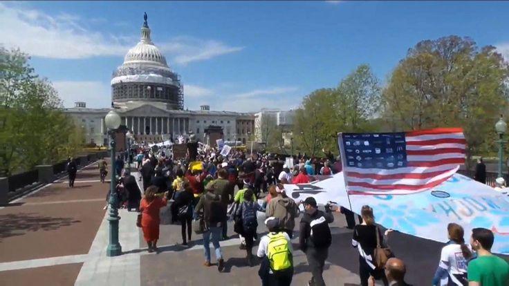 Democracy Spring: Over 400 Arrested at U.S. Capitol Protesting Corruptio...