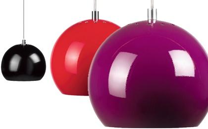 Taklampa Ball, 18 cm i diameter,  finns i flera färger, Bolia.
