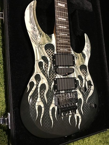 #guitarsforsale #vintageguitars #gibson #lespaul #dean #fender #musician #guitarplayer The #Dean Michael Angelo Batio Speed of Light #ElectricGuitar is spec