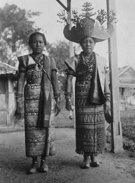 Royal women from Lampung, Southern Sumatra. Date unknown.