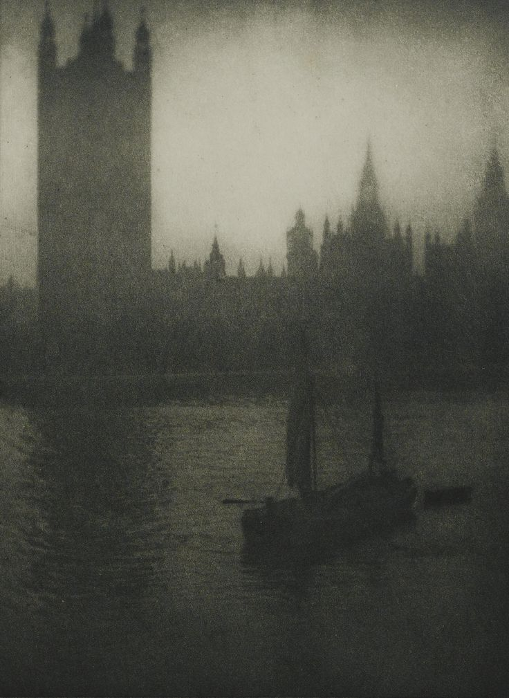 ALVIN LANGDON COBURN 1882 - 1966 'LONDON', 1909 ALBUM WITH 20 PHOTOGRAVURES. EDITED BY DUCKWORTH & CO, LONDON AND BRENTANO'S NEW YORK, 1909....