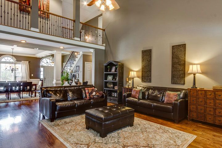 Best 25 taupe sofa ideas on pinterest gray couch decor for Sherwin williams virtual painter
