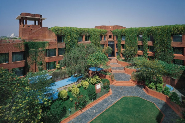 ITC Mughal, Agra    Sprawled over 35 acres of luxurious gardens, and in close proximity to the Taj Mahal. In addition, cycling and jogging tracks, a mini-golfing green, a stunning swimming pool and the country's largest, most luxurious award winning spa spread across 99000 sq ft, Kaya Kalp – The Royal Spa, along with a range of gourmet fine dining options which rate among the best in the city.