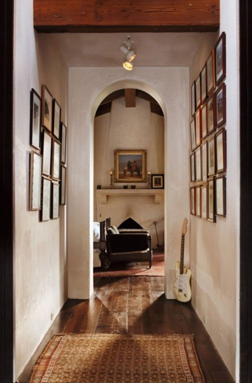 Interior Antique And Modern Style Combination For House Design Hallway With White Wall Wooden Floor Brown Carpet