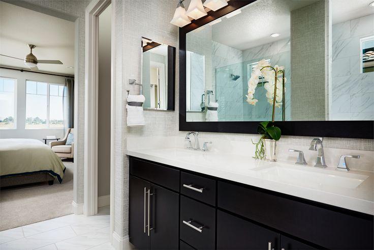 Sophisticated color contrast in master bath! | Lynn model home | Oakley, CA | Richmond American Homes